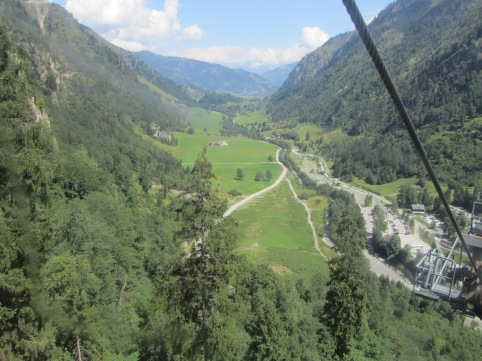 נוף העמק הנשקף מהרכבל הראשון