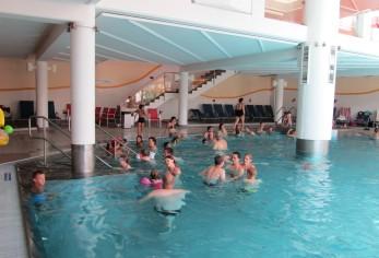 הבריכה הפנימית המחוממת
