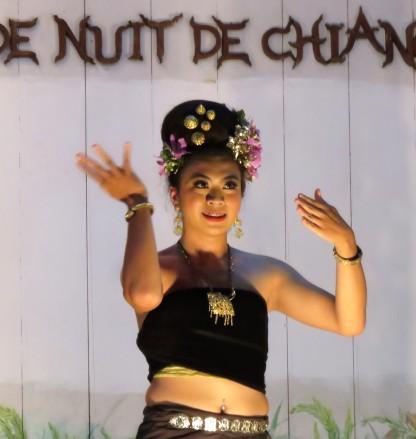 שוק הלילה של צ'אנג ראי - Chiang Rai Night Bazaar