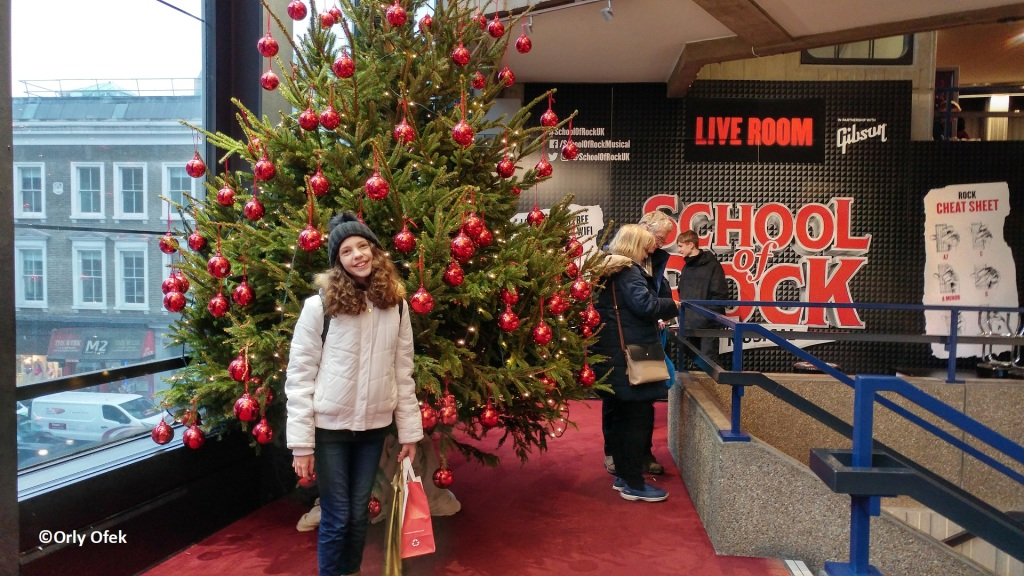London-Christmas-School-Of-Rock-OrlyOfek44