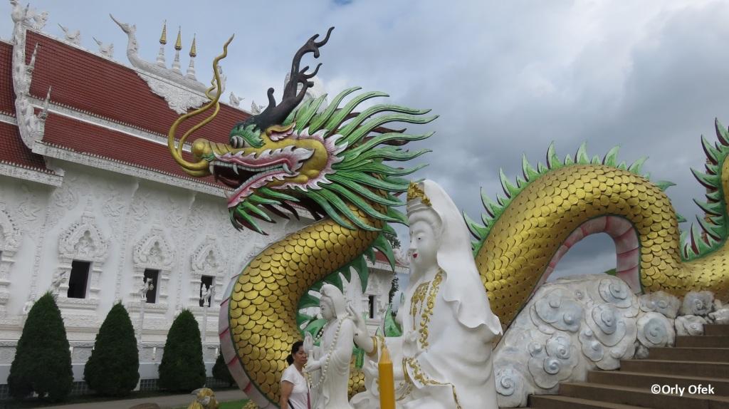 Wat Huay Pla Kung 05