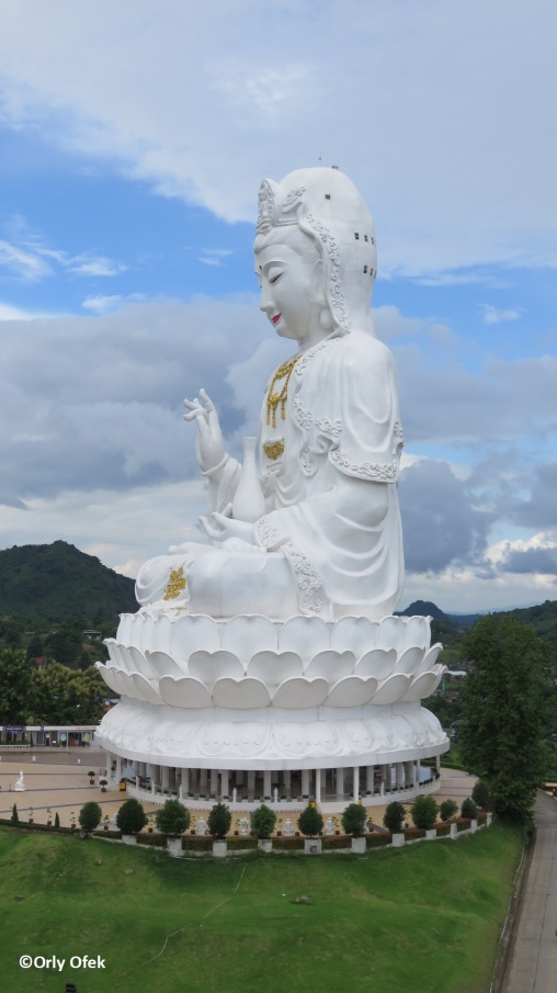 Wat Huay Pla Kung 07