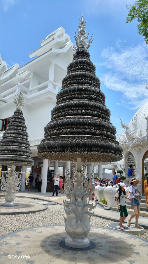 Wat Rong Khun 06