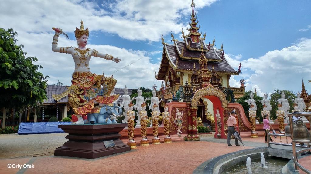 Wat Sang Kaew 02