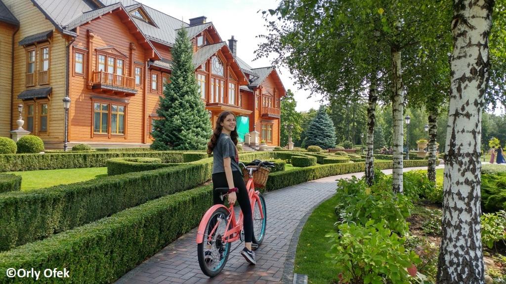 Orly-Ofek-Mezhygirya-Kiev-104
