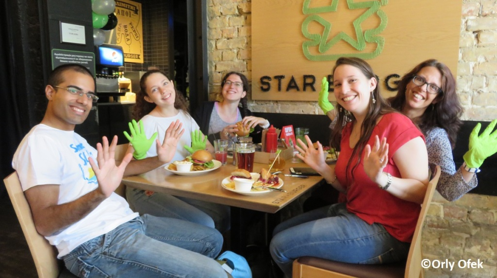 Orly-Ofek-Star-Burger-Kiev-02