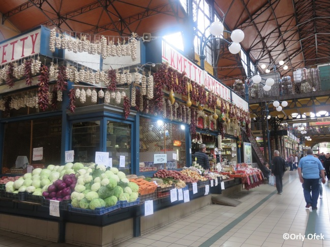 Budapest-Central-Market-Hall-Orly-Ofek-04