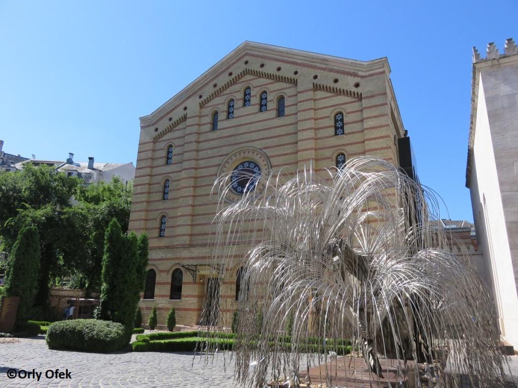Budapest-Synagogue-Orly-Ofek-57