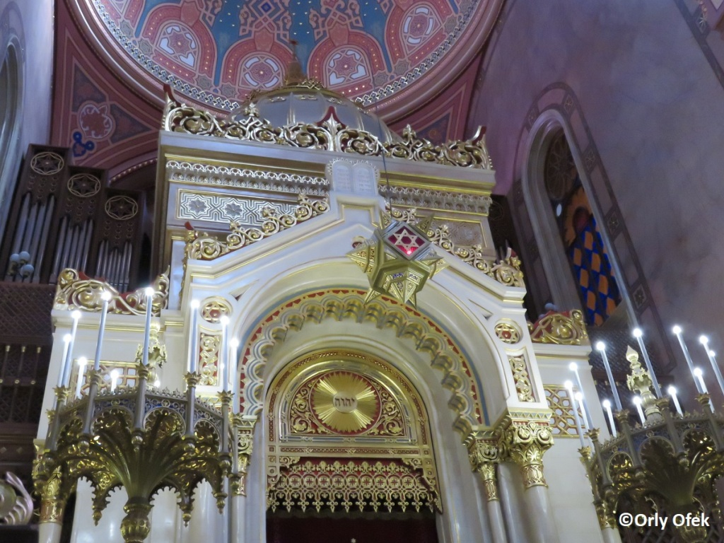 Budapest-Synagogue-Orly-Ofek-60