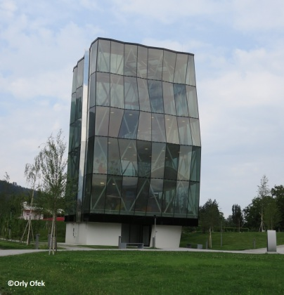 Orly-Ofek-Innsbruck-Swarovski-KristallWelten-55